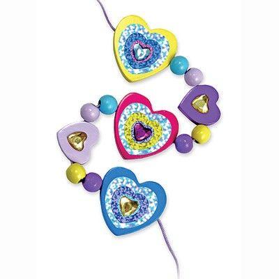 Träpärlor i lila ask - hjärtan