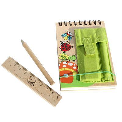 Anteckningsbok med penna och linjal - grön