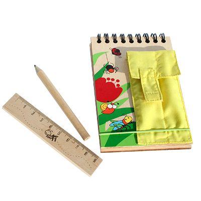 Anteckningsbok med penna och linjal - gul