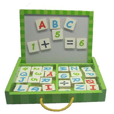 Magnetväska med bokstäver och siffror - grön