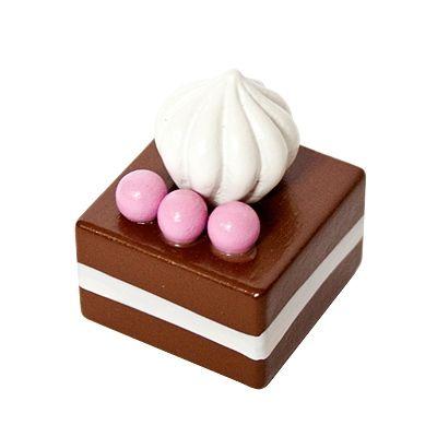 Leksaksmat - bakelse - choklad