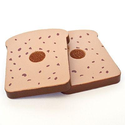 Leksaksmat - 2 skivor rostbröd