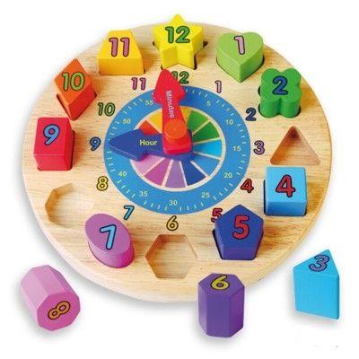 Klocka i trä - avtagbara klossar med siffror