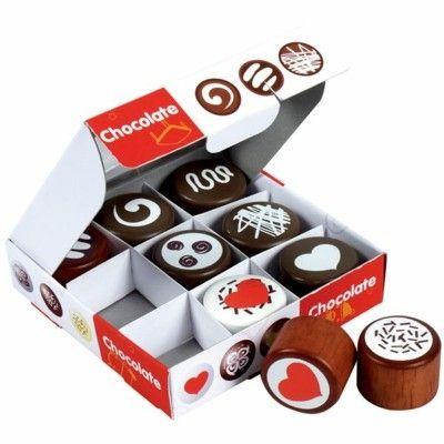 Leksaksmat - Ask med chokladpraliner