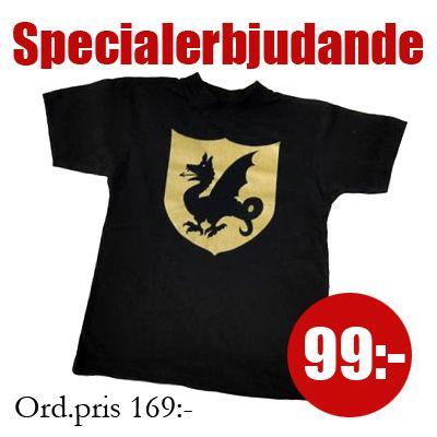 T-shirt, svart med riddartryck - 4-6 år