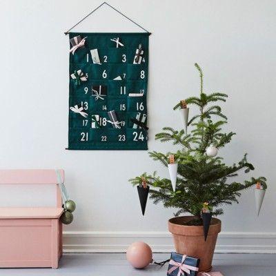 Adventskalender, grön - Design Letters