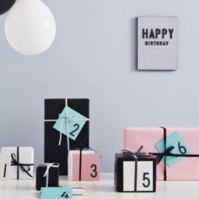 Kort med kuvert - Rosa 1 år - Design Letters