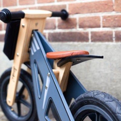 Balanscykel i trä - grå
