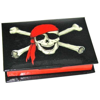 Piratask med papper i