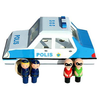 Polisbil i trä