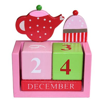 Kalender i målat trä - Tea Party