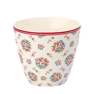 Lattemugg i porslin - Millie, vit med blommor