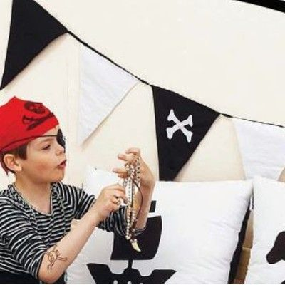Flaggirlang i tyg - Pirat