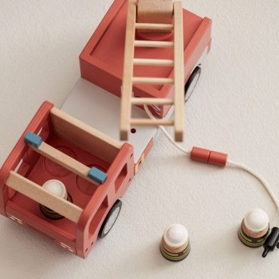 Brandbil i trä - Aiden - Kids Concept